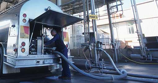 milk transport truck