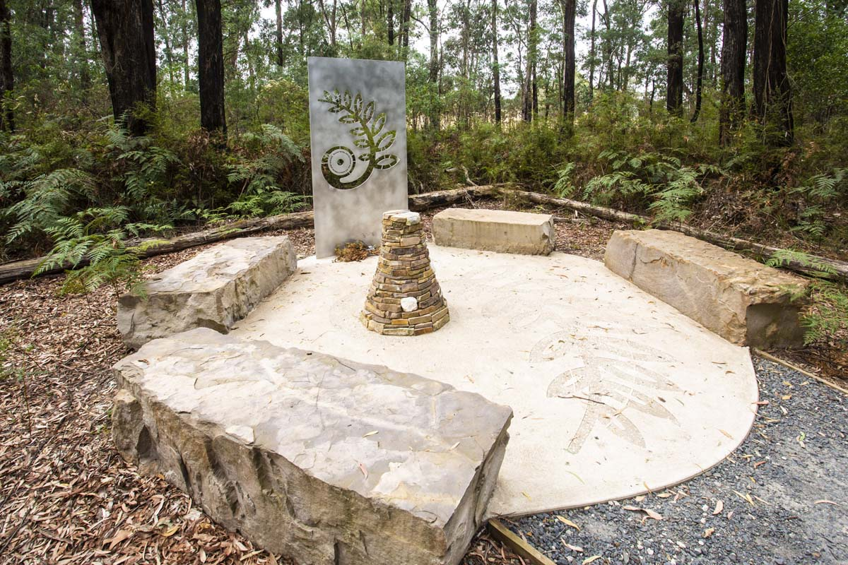 2009 Bushfire memorial in Narbethong